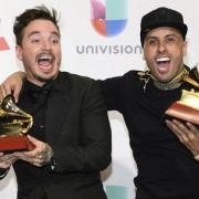 "Nicky Jam y J Balvin están bien pega'os con ""X"""