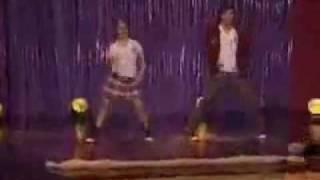 """Patito feo - Patty e Bruno ballano"""" reggaeton"""""""