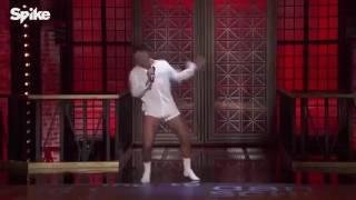 Ricky Martin Imitando El Famoso Baile De Tom Cruise
