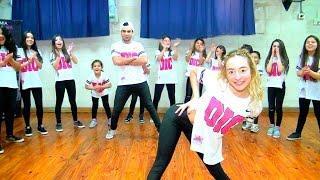 Carnaval- Reggaeton Kids by Camila Hidalgo ft. Emiliano Ferrari Villalobo (HD)